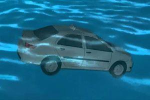Làm sao để sống sót khi xe ôtô rơi xuống nước?