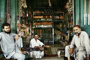 Giật mình ngôi làng sản xuất súng lậu lớn nhất Trung Đông