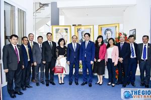 Lãnh đạo Bộ Ngoại giao chúc mừng 65 năm quốc khánh Campuchia