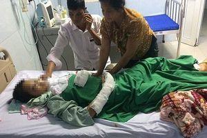 Bé gái 14 tuổi bị hiếp dâm, cứa cổ được chuyển tới BV Tai Mũi Họng Trung ương