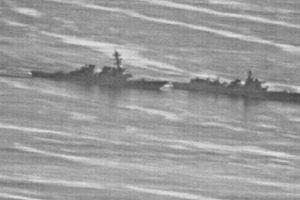 Tiết lộ cuộc chạm trán nguy hiểm của tàu chiến Mỹ, Trung ở Biển Đông