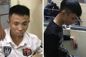 TP.HCM: 'Bắt nóng' 2 thiếu niên giật điện thoại iPhone X