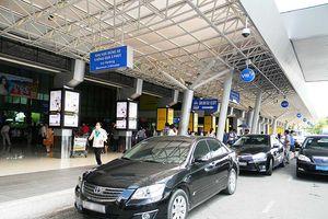 Quy định mới về chế độ tiếp khách nước ngoài vào làm việc tại Việt Nam