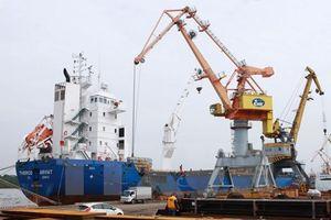 Tổng kim ngạch xuất nhập khẩu hàng hóa 10 tháng vượt 394 tỷ USD