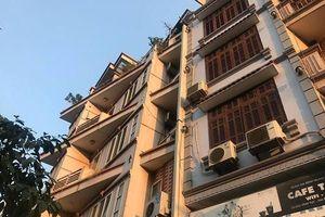 Hà Nội: Nam thanh niên rơi từ tầng 5 nhà hàng xóm, may mắn thoát chết