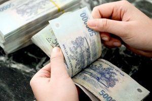 Giả danh Phó trưởng phòng Bộ GD&ĐT chiếm đoạt hơn 28 tỉ đồng