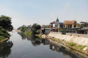 Gần 62,2 tỷ đồng nâng cấp mặt đê sông Nhuệ ở Thường Tín