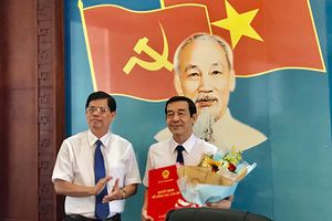 Ông Nguyễn Thế Sinh giữ chức Phó Bí thư Thành ủy Nha Trang