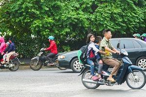 Tái diễn tình trạng trẻ em không đội MBH khi tham gia giao thông
