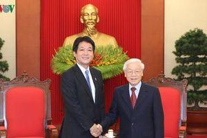 Chủ tịch nước tiếp Đặc phái viên của Thủ tướng Nhật Bản