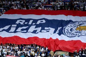 Đội tuyển Thái Lan tưởng niệm cố Chủ tịch Leicester City ở AFF Cup 2018