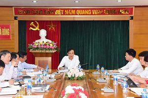 Kiểm tra việc thực hiện 3 nghị quyết tại Quận ủy Hà Đông