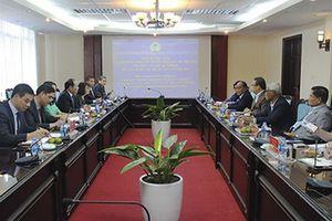 Chủ tịch HTX Việt Nam tiếp và làm việc với Liên đoàn HTX quốc gia Malaysia (Angkasa)