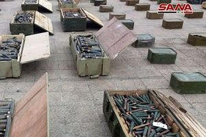 SAA thu giữ một số lượng lớn vũ khí do Mỹ và Anh chế tạo ở Al-Quneitra