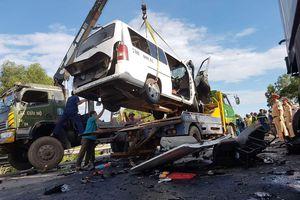 Giảm tai nạn xe khách kinh hoàng, có làm được không?