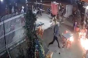 Bắt 2 nghi phạm chém chết 9X tại quán nhậu