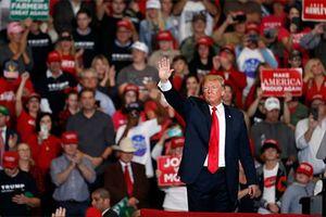 Toàn cảnh cuộc đua giữa kỳ quyết định 'vận mệnh' Tổng thống Trump