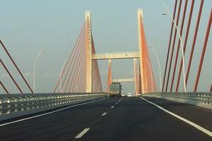 Xe 'nhún nhảy' trên cầu Bạch Đằng hơn 7.000 tỉ đồng: Bắt đầu khảo sát hiện trạng