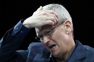 Lọt top 2 chiếc smartphone tốt nhất thế giới, vì sao Apple vẫn hủy dây chuyền sản xuất iPhone XR?