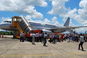 Sân bay đóng cửa vì mặt trời lặn, chuyến bay đi đến Tuy Hòa bị hủy