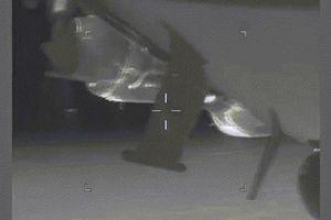Chiến đấu cơ Su-27 Nga áp sát khiến máy bay do thám Mỹ rung lắc