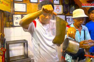 Tìm 'hương...' cà phê vợt giữa Sài Gòn