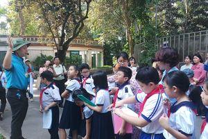Triển khai tiết học ngoài nhà trường ở bậc tiểu học