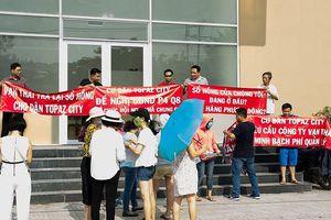 TP Hồ Chí Minh: Hơn 800 hộ dân một chung cư khiếu nại đòi sổ hồng