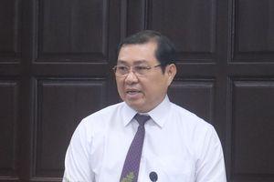 'Cò' xe chạy loạn khi chủ tịch Đà Nẵng ghi hình