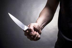 Truy sát, đâm tử vong nữ nhân viên quán karaoke rồi tự sát