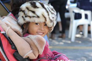 Hình ảnh dòng người di cư đổ về trung tâm cứu trợ ở Mexico City