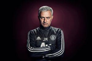 Ngừng ca thán đi Mourinho, khi các cầu thủ Man United đang vắt sức để bảo vệ mình
