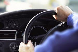 Cách xử lý tình huống khi ô tô mất lái để bảo toàn mạng sống