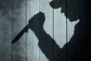 Nữ giáo viên bị trộm đột nhập vào nhà chém tử vong