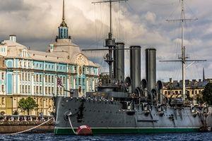 Chiến hạm Rạng Đông - Nhân chứng sống của những ngày Tháng Mười lịch sử