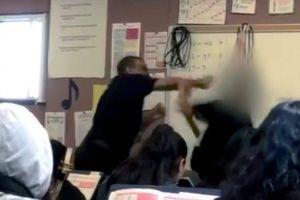 Thầy giáo đánh nhau tay đôi với học sinh 14 tuổi