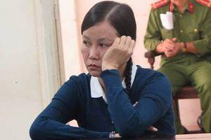 Nhân viên viện kiểm sát bị lừa tiền vì 'chạy' công chức