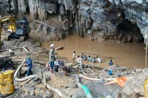 Tập trung tìm kiếm nạn nhân vụ tai nạn hầm vàng