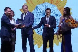 'Bắt tay' với Swarovski, PNJ của bà Cao Thị Ngọc Dung tung sản phẩm độc quyền PNJ Suncut