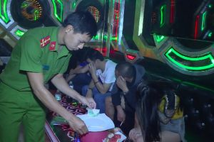Chủ quán karaoke Hoàng Phúc bị bắt vì chứa chấp khách chơi ma túy