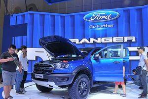 Vì sao Bộ Tài chính quyết thu phí trước bạ xe bán tải bằng 60%?