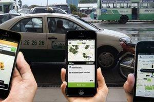 Tranh cãi đề xuất Bộ GTVT muốn quản Grab như taxi