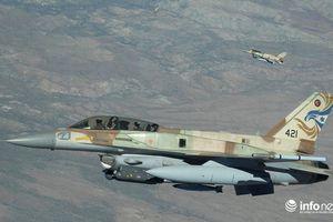 Israel không kích Syria, lính Nga nhiều lần vào thế 'ngàn cân treo sợi tóc'