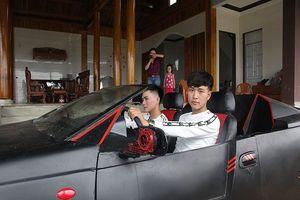 Ngỡ ngàng xe 'đồng nát' 50 triệu thành siêu xe rước dâu ở Hà Tĩnh