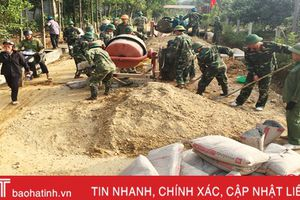 CBCS Quân sự Hương Khê giúp dân xây dựng 700m mương thoát nước