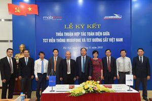 MobiFone hỗ trợ công nghệ cảnh báo an toàn giao thông đường sắt