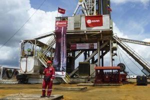 Khai thác dầu thô của Venezueala 'rơi tự do'