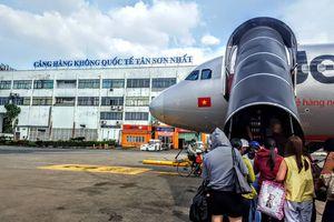 Hành khách bức xúc vì máy bay của Jetstar Pacific chậm giờ