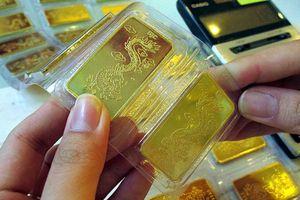 Vàng thế giới thấp hơn 2,3 triệu đồng/lượng so với vàng trong nước