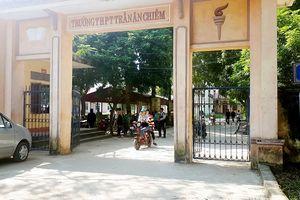 Thanh Hóa: Hàng trăm phụ huynh phản đối giải thể, sáp nhập trường